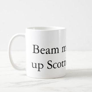 Emítame encima de la taza de café del escocés