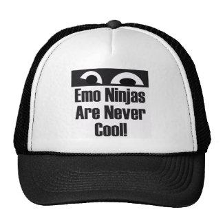 Emo Ninjas nunca es fresco Gorro De Camionero