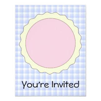 Empanada rosada. Tarta de la fresa. Control azul Invitación 10,8 X 13,9 Cm