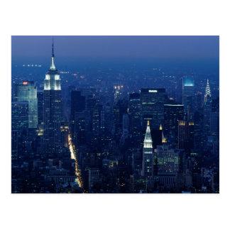 Empire State Building en la noche, New York City Postal