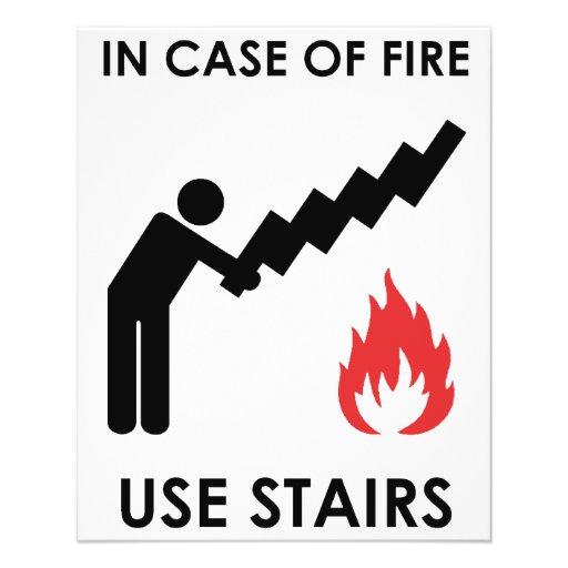 En caso de las escaleras del uso del fuego tarjetón