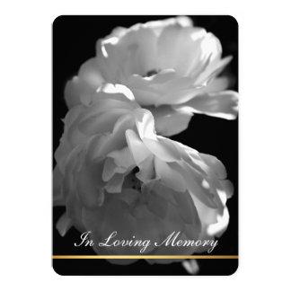 En la memoria cariñosa - ceremonia conmemorativa invitación 12,7 x 17,8 cm