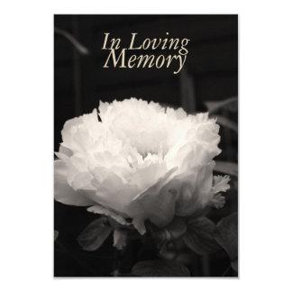 En la memoria cariñosa - Peony - celebración de la Invitación 8,9 X 12,7 Cm
