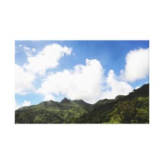 En las nubes en el EL Yunque Lona Envuelta Para Galerias
