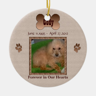 En memoria de su perro adorno navideño redondo de cerámica