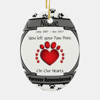 En memoria de su perro o gato recordado para adorno navideño ovalado de cerámica