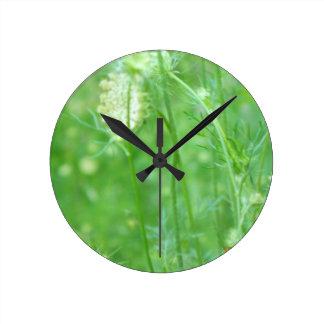 """""""En reloj redondo del prado"""""""
