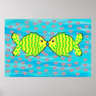 Enamoró peces póster