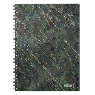 Encanto elegante del ejército de la chispa verde y cuaderno