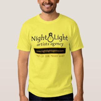 Encienda la luz de la noche camisetas