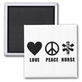 Enfermera de la paz del amor imán cuadrado