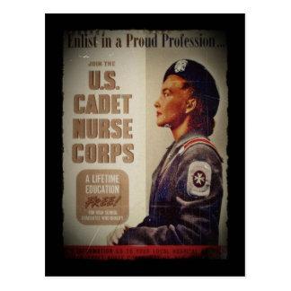 Enfermera del cadete de los E.E.U.U. en Baret Tarjeta Postal
