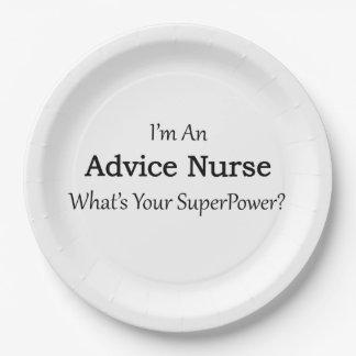 Enfermera del consejo plato de papel