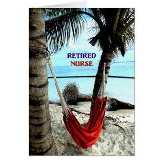 Enfermera jubilada - hamaca en la playa tarjeta de felicitación