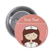 Enfermera linda del dibujo animado (brunette) chapa redonda de 5 cm