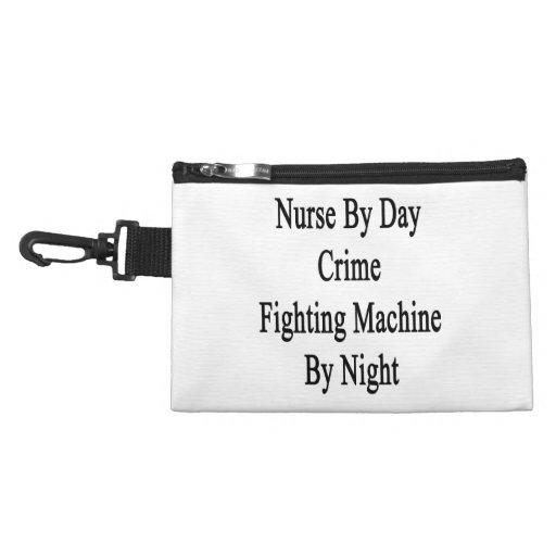 Enfermera por la máquina que lucha del crimen del