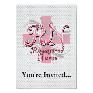 Enfermera registradoa, remolinos rosados de la invitación 12,7 x 17,8 cm