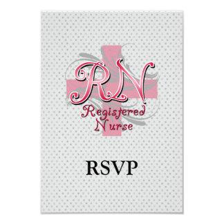 Enfermera registradoa, remolinos rosados de la invitación 8,9 x 12,7 cm