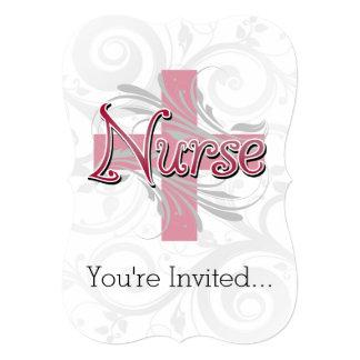 Enfermera rosada de la cruz/del remolino invitación 12,7 x 17,8 cm