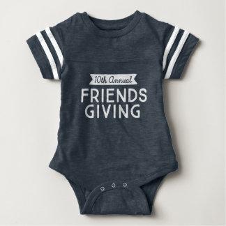 Engranaje del deporte del bebé de Friendsgiving Body Para Bebé