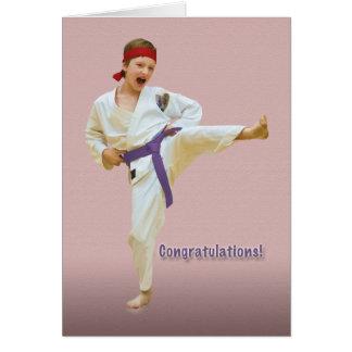 Enhorabuena, adelanto de la correa del karate, tarjeta de felicitación