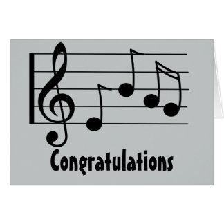 Enhorabuena del clef agudo de la notación musical tarjeta de felicitación