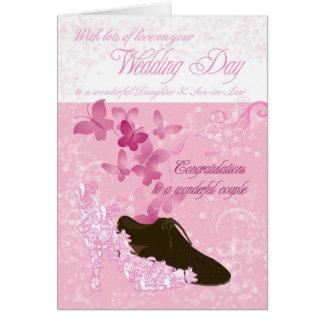Enhorabuena del día de boda de la hija y del yerno tarjeta de felicitación