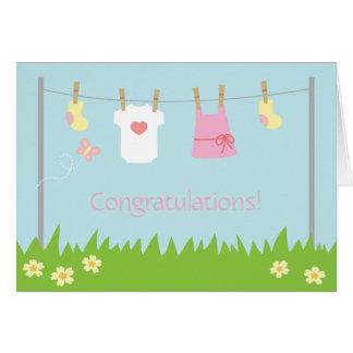 Enhorabuena en el nacimiento de la niña tarjeta de felicitación