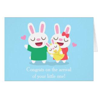 Enhorabuena en la familia linda recién nacida del tarjeta de felicitación