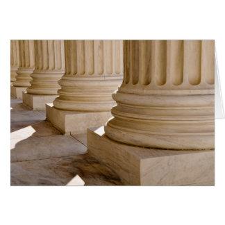Enhorabuena en pilares de la licenciatura de derec tarjeta de felicitación