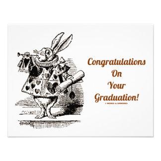 Enhorabuena en su graduación conejo blanco comunicados personales