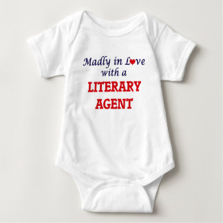 Enojado en amor con un agente literario body para bebé