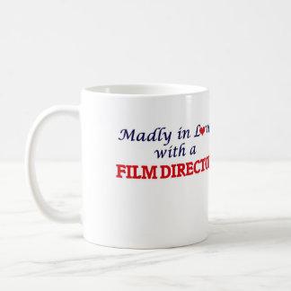 Enojado en amor con un director de cine taza de café