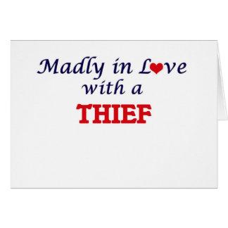Enojado en amor con un ladrón tarjeta de felicitación