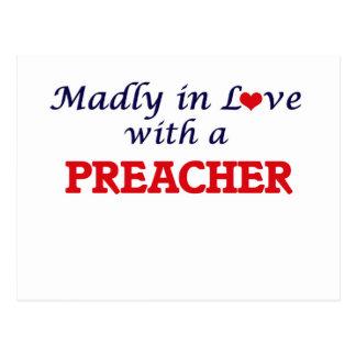 Enojado en amor con un predicador postal