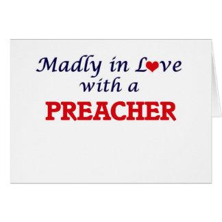 Enojado en amor con un predicador tarjeta de felicitación