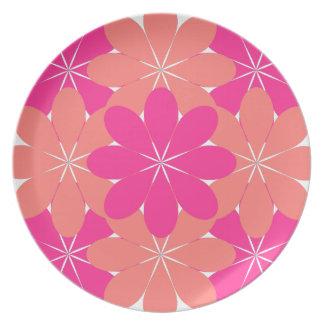 Enrejado rosado y anaranjado de la flor plato de comida