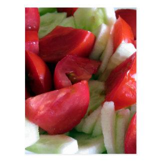Ensalada del tomate y del pepino postal