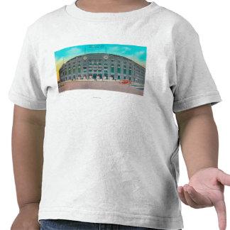 Entrada delantera a la opinión del Yankee Stadium Camiseta