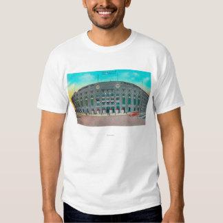 Entrada delantera a la opinión del Yankee Stadium Camisetas