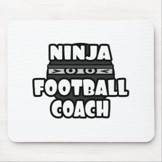 Entrenador de fútbol de Ninja Alfombrillas De Raton