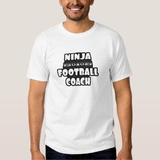 Entrenador de fútbol de Ninja Camisetas