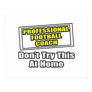 Entrenador de fútbol profesional. tarjetas postales