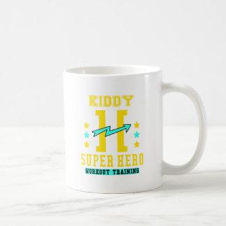 Entrenamiento del entrenamiento del superhéroe de taza de café