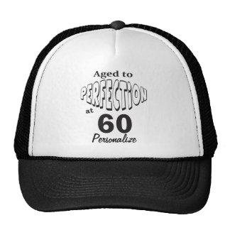 Envejecido a la perfección en el 60.o nombre del gorras de camionero