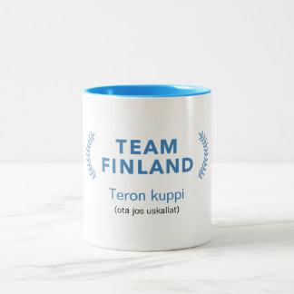 Equipo Finlandia + nombre Taza Bicolor
