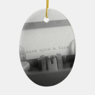 Érase una vez adorno navideño ovalado de cerámica
