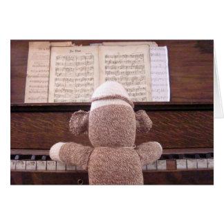 Ernie la tarjeta del piano del mono del calcetín