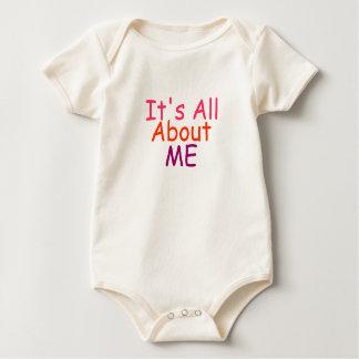 Es todo sobre mí camisa de la niña