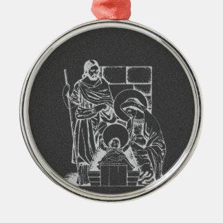 Escena de la natividad del gris y del blanco de adorno navideño redondo de metal